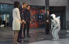 """ASIMO gości Prezydenta Obamę -"""" Panie Prezydencie, jestem ASIMO.""""-"""