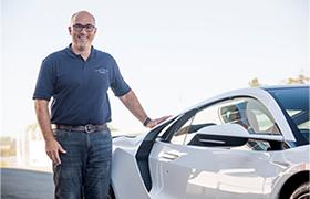 Jason Bilotta opowiada o zastosowaniu pierwszych na świecie rozwiązań technicznych w nowej Hondzie NSX