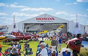 Magazyn lotniczy Flying przyznaje odrzutowcowi HondaJet nagrodę Innovation Award