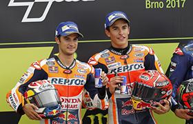 Marquez i Honda wygrywają w Brnie