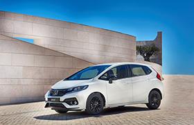 Honda prezentuje odświeżony model Jazz dostępny teraz także w nowej opcji silnikowej