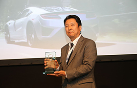 SILNIK HONDY NSX NAJLEPSZĄ NOWĄ JEDNOSTKĄ NAPĘDOWĄ W KONKURSIE INTERNATIONAL ENGINE OF THE YEAR AWARDS 2017