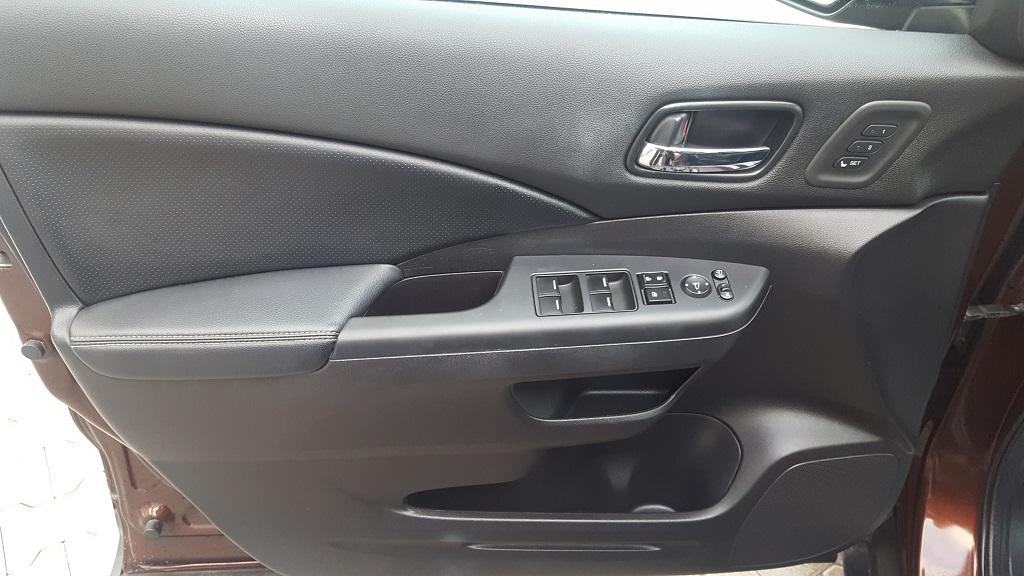 CR-V Sedan